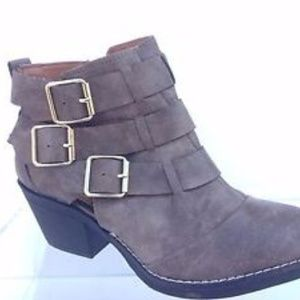 Women's Report cowboy boots. Size 7. Brand new!